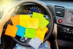 Om lijst in een auto te doen stock fotografie