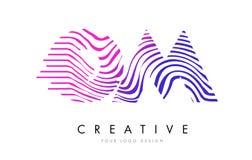 OM O M Zebra Lines Letter Logo Design avec des couleurs magenta Photo stock