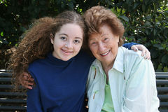 Oma & Kleindochter Royalty-vrije Stock Foto's