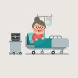 Oma die bij het ziekenhuisbed rusten Royalty-vrije Stock Afbeelding