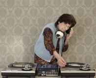 Oma DJ lizenzfreie stockbilder
