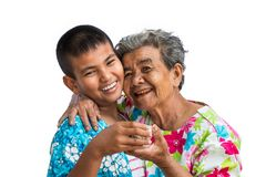 Oma en kleinkinderenspel in het Songkran-festival Royalty-vrije Stock Foto
