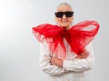 Oma met een bizarre stijl stock foto's