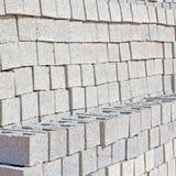 in Oman die alte Wand nahe errichtender Zusammenfassung des Hauses und des Blockes Lizenzfreie Stockfotografie