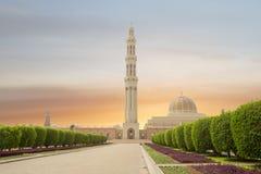 oman muscat Storslagen moské av Sultan Qaboos arkivbild