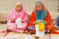 Omani Vrouwenkleermakers stock afbeeldingen