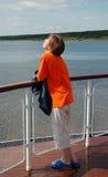 ombord unga shipkvinnor royaltyfria bilder