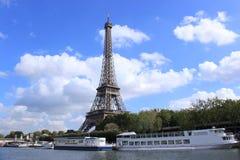 Ombra della torre Eiffel, Parigi, Francia fotografia stock libera da diritti