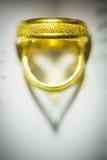 Ombre d'anneau de coeur de Valentine Images stock