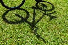 Ombre de bicyclette Images libres de droits