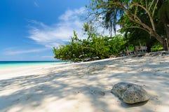 Ombre de lumière du soleil sur la plage Photo libre de droits