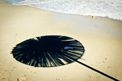 Ombre de parasol Photo stock