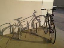Ombre de vélo, Thaïlande Photos libres de droits