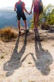 Ombre des couples sur la colline image libre de droits