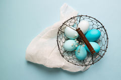 Ombre ha tinto le uova di Pasqua Fotografie Stock Libere da Diritti