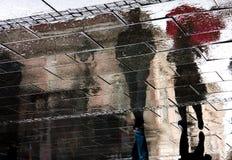 Ombre riflesse un giorno piovoso Fotografie Stock Libere da Diritti