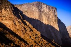 Ombre sul EL Capitan Fotografia Stock Libera da Diritti