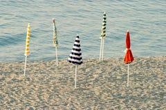 Ombrelli di spiaggia Fotografia Stock