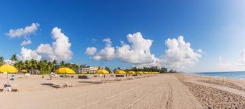 Ombrelli di spiaggia Fotografia Stock Libera da Diritti