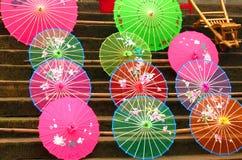 Ombrelli variopinti del cinese tradizionale Fotografia Stock