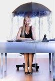 Ombrello della donna di affari Fotografie Stock