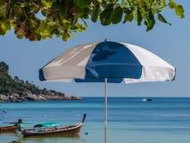 Ombrello di spiaggia Fotografie Stock