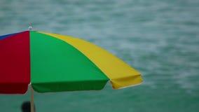 Ombrello di spiaggia archivi video