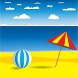 Ombrello di spiaggia con la palla Fotografia Stock