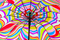 Ombrello di spiaggia variopinto Fotografie Stock Libere da Diritti