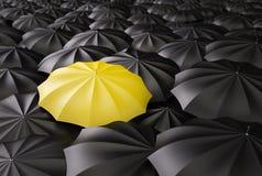 Ombrello giallo Fotografie Stock Libere da Diritti
