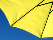 Ombrello giallo Fotografia Stock Libera da Diritti