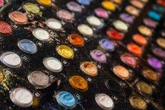 Ombres de palette pour le maquillage d'un grand choix de couleurs Photos stock