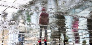 Ombres reflétées un jour pluvieux Photo libre de droits