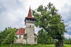 Omdanad kyrka i Pesteana, Rumänien Arkivbilder