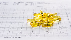 Omega 3 gelcapsules stock foto