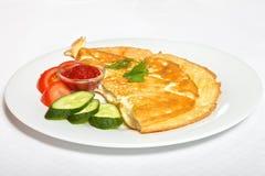 Omelet met groenten en souce Stock Afbeelding