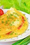 Omelet met kruiden en groenten Stock Afbeeldingen