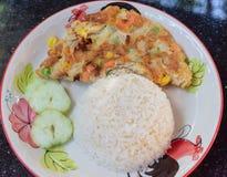 Omelet met rijst Stock Afbeelding