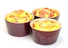 Omelet in pot die in de oven wordt gebakken Stock Foto's