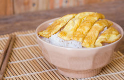Omelet on rice popular traditional Thai fast food Stock Photo