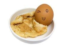 Omeleta, amostra de alimento feita do isolado dos ovos no fundo branco foto de stock royalty free