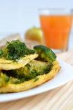 Omeleta com brócolos Foto de Stock