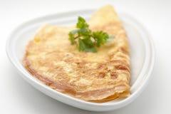 Omeleta com folhas do aipo Fotos de Stock