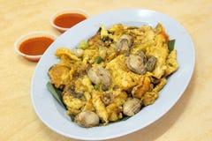 Asiático do sudeste omeleta fritada da ostra do bebê Imagem de Stock Royalty Free