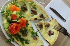 Omelett med champignons Royaltyfri Foto
