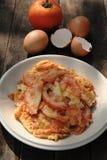 Omelett med tomater Royaltyfria Bilder