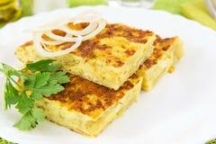 Omelett mit Zwiebeln Stockfoto