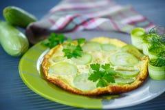 Omelette avec la courgette Photographie stock libre de droits
