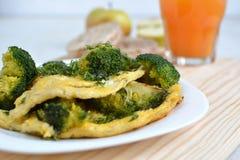 Omelette avec le brocoli Photo libre de droits
