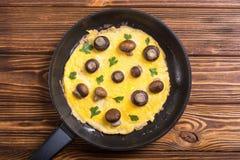 Omelette con il fungo fotografia stock